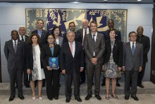 Photo courtesy https://sustainabledevelopment.un.org. Scientists who prepared the 2019 UN Global Sustainable Development Report (Dr David Smith is first in back row at right)